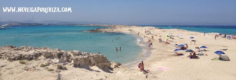Alquiler velero Ibiza playa de illetes