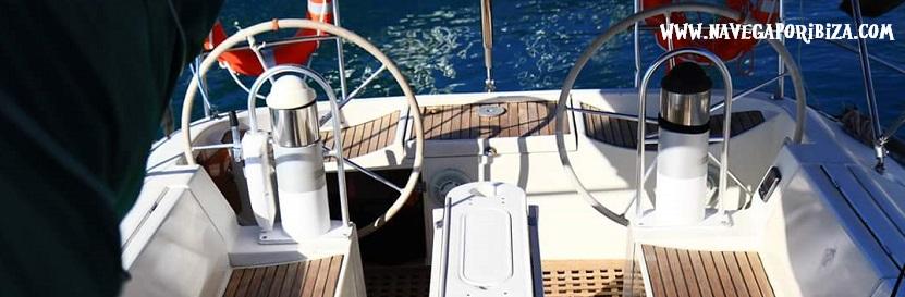 velero de 15 metros en ibiza popa y proa
