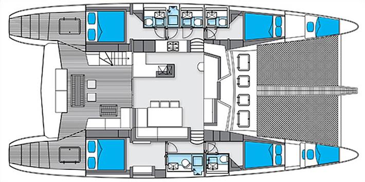 interior catamaran grande para alquilar en ibiza