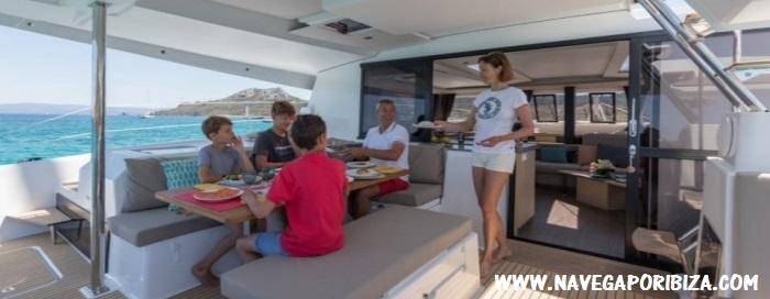 catamaran en ibiza y formentera para alquiler por semanas